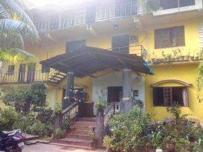 Oyo 18374 Paulinas Guest House