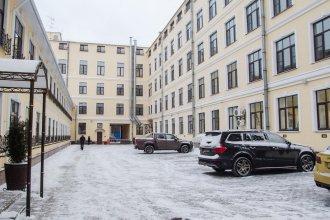 Hotel on Rimskogo-Korsakova