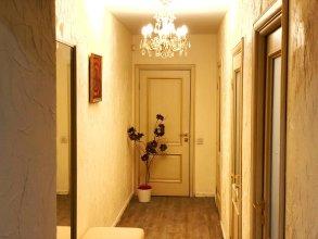 2 bedroom apartment in center of St.Petersburg