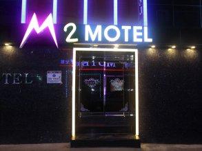 M2 Motel