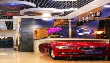 V10 Car Culture Theme Hotel