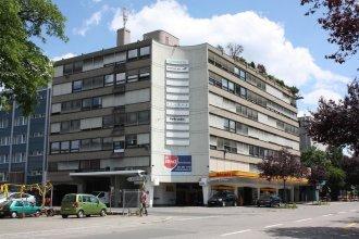 Primestay Self Check-in Hotel Altstetten