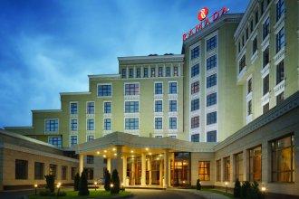 Отель Ramada by Wyndham Алматы