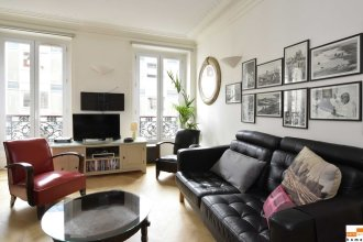 204340 - A Two-room Apartment With Traditional Chic Style in the Marais