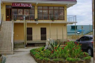 Lui Style Guest House