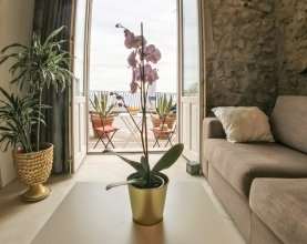Calarossa beachfront apartment