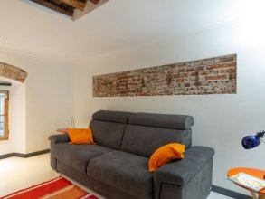 Picturesque Apartment in Genova With Balcony