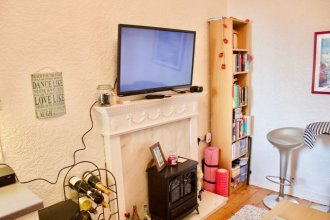 1 Bedroom Apartment Near Leith Walk