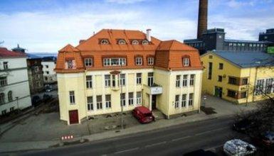 16 Eur Hostels Fat Margarets