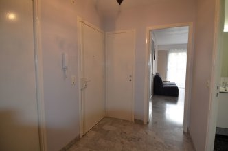 Apartment 4 persons near train station Acropolis district in Nice