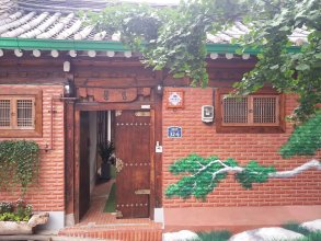 Korean Traditional House - Pungkyung