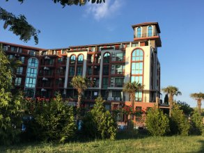Chateau Del Marina 2-Level Apartments