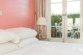 Exquisite and Chic 2 bed 2 Bath Flat in Chelsea