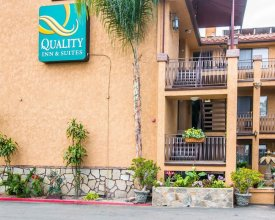 Quality Inn & Suites Near The Border