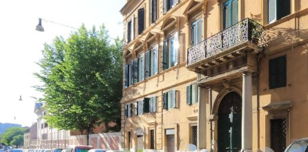 Design Flat for 4 people near Colosseum