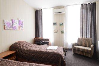 Hotel Democrat on Nevskiy 147