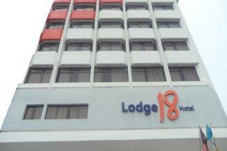 Lodge 18 Hotel
