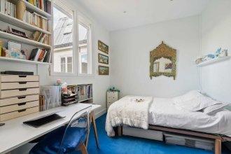 Stylish Vintage 3BR Apartment in Le Marais