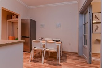 FM Premium 2-BDR Apartment - Charming Murphy Str.