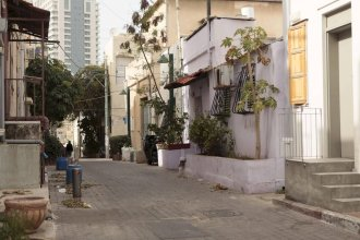 B House – Rooms By The Beach To Rent Tel Aviv