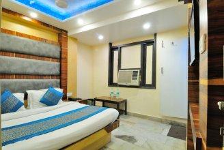 Hotel lahorimal Deluxe Paharganj