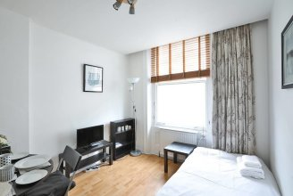 Lovely 1 BED Paddington/hyde Park - Sleeps 3