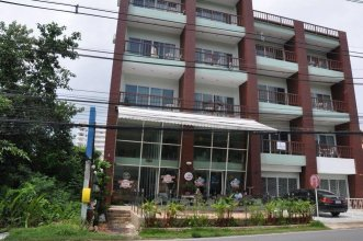 Hill Top Suites Serviced Apartment