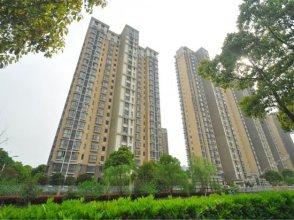 Heyun New Village Xietang Old Street Apartment