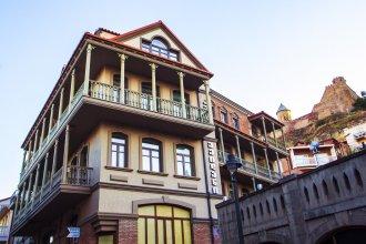 Отель Old Meidan Tbilisi