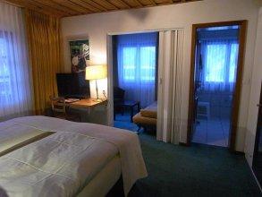 Chalet Hotel Larix Apartments