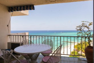 Skysuite Beachfront Montego Bay Club