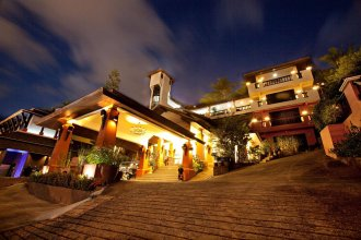 Курортный отель C&N Resort and Spa