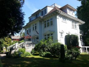 Balfour Inn Bed And Breakfast