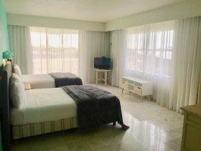 Condo in Ocean Front Hotel resort