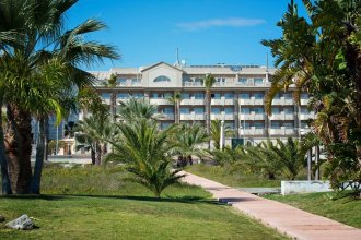 Elba Motril Beach & Business Resort