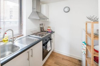 Stylish 3 bed Flat in Shoreditch - 5 Mins to Tube