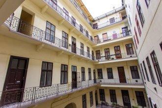 Kalvin Apartments