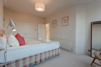 2 Bedroom Apartment Near Ladbroke Grove