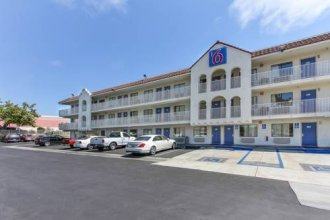 Motel 6 Watsonville, CA - Monterey Area