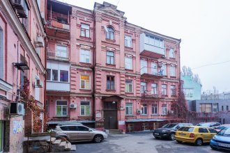 Apartment in the historic center of Kiev