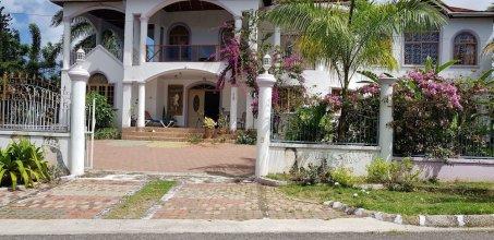 Jamaica Villa Sweetsap