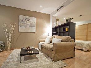 Abad Apartment - One Bedroom Apartment, Sleeps 4