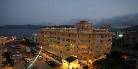 Cle Seaside Hotel