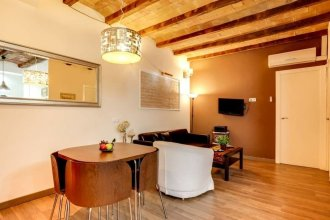 Modern 2 Bed Flat in Trendy Poble Sec