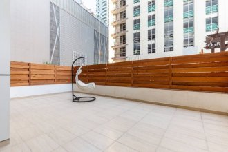 Sleek & Sophisticated 2BR With Study Within Downtown Dubai!