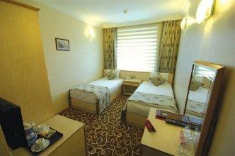 Hotel Ayata