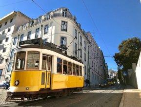Casa da Estrela Next to Tram28