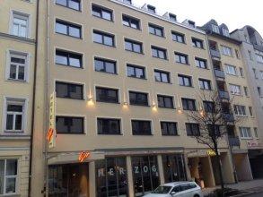 Hotel Gio – ehemals Hotel Herzog