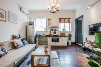 Living In Local Apartment Best Location-48