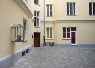 Studio Rental Central Warsaw